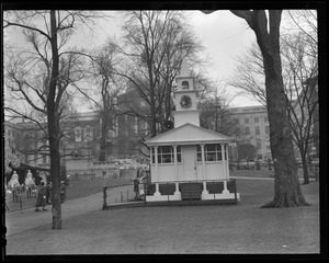 Temporary building on Boston Common where Dyan sang with Greenwood Methodist Choir