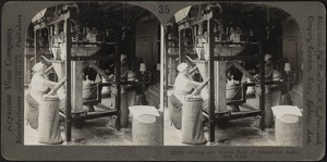 Filling and sewing bags of granulated sugar, New York