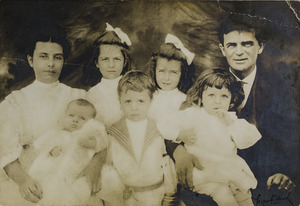 Duris, Helena and her family