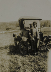 Duris, Helena with model-T Ford