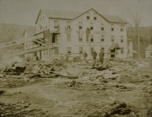Noble & Cooley 1902 fire damages
