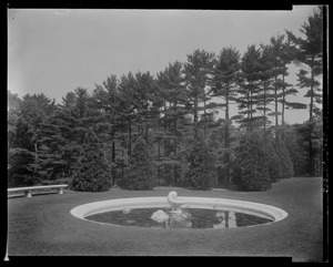 Groton Place: fountain landscape