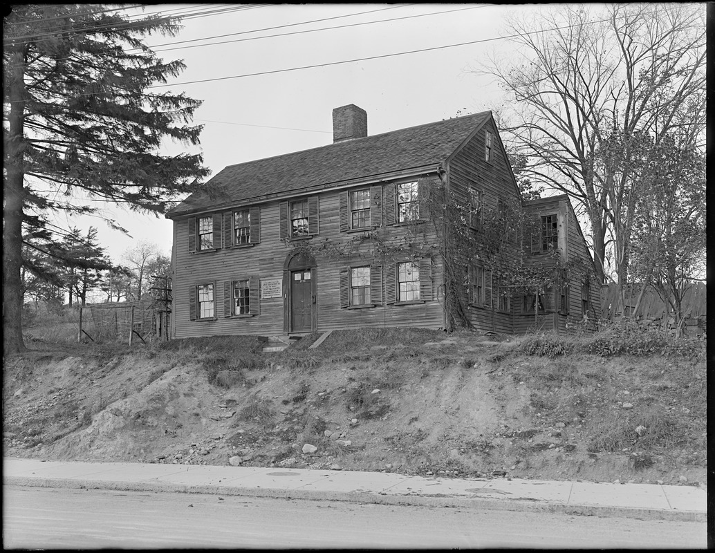 Captain William Draper House, 1721 Centre Street, West Roxbury