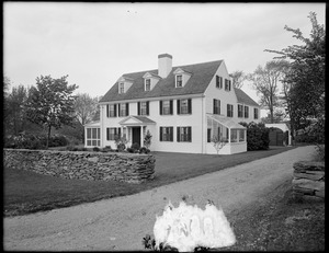 Daniel Vose House at 34 Vose Lane and Canton Avenue, Milton