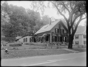 7 Lexington Road, owned by Mrs. L. (Milo B.) Stearns, Concord