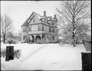 Curtis House at corner of 509 Centre Street and Lockstead Avenue, Jamaica Plain