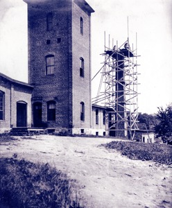 Reconstructing chimney at Taft or 'Old Huguenot Mill', 1902