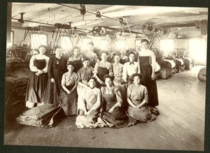 Women workers posing by the satinet machines in the Taft or 'Old Huguenot Mill approximately 1880.