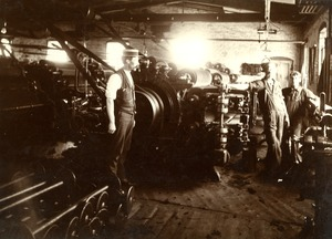 Workers at the Taft or 'Old Huguenot Mill' approx. 1880