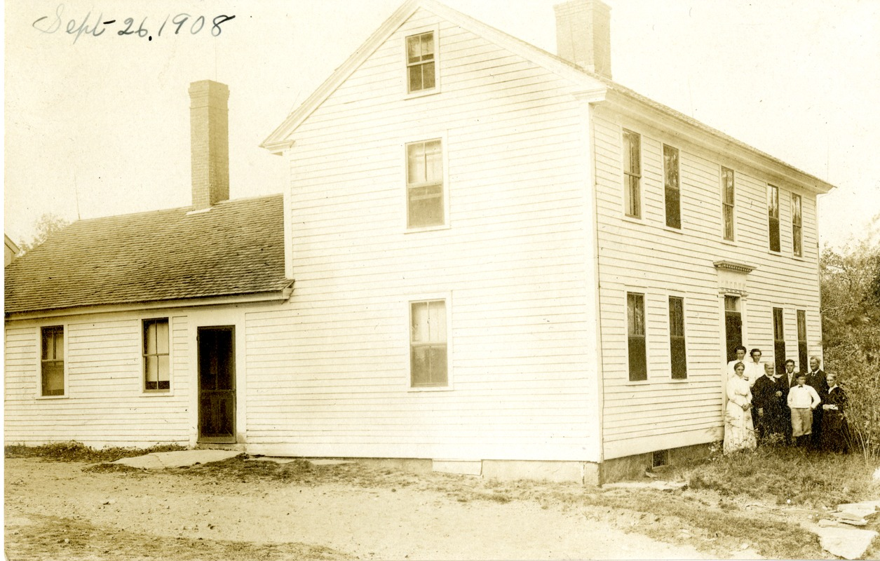 Harwood Family Farm, Crawford Road: Family in Front of House