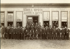 Snell Manufacturing Company workers 1