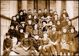 Group [A.O.C.?] portrait on Meekins Library steps, 1900