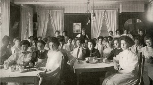 Union Laundry dining hall, Worcester, Massachusetts, 1909