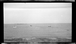 Minots Light, the glades & shore from breakwater at North Scituate