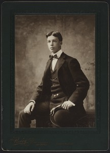 Newton High School, class of 1900 photographs