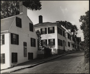 Plymouth, Mass. at left is the site of the first house built in 1620-21. This Leyden Street.