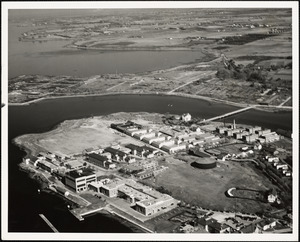 Aerial view of Naval Training Station and War College