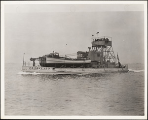 YSD-11 Seaplane wrecking Derrick  Built by NYBos Completed 12/1939