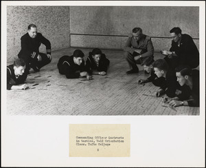 Commanding officer instructs in tactics