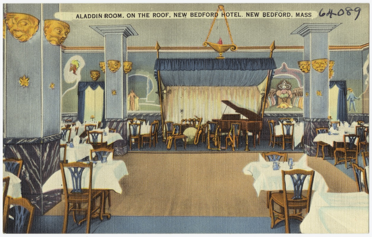 Aladdin Room On The Roof New Bedford Hotel M