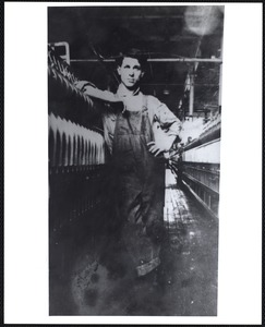 Unidentified worker in mill (Ayer)