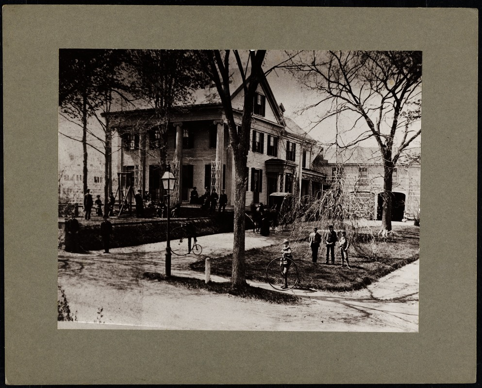 Newton photographs oversize : Allen House : 35 Webster Street / [compiled by the staff of the Newton Free Library]. - Allen House : 35 Webster Street - Exterior View of Allen House and Barn with Students and Teachers -