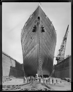 SS Leviathan, dry dock, South Boston