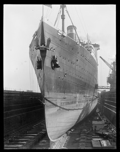 USS Leviathan dry dock