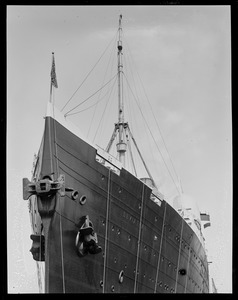 SS Leviathan dry dock