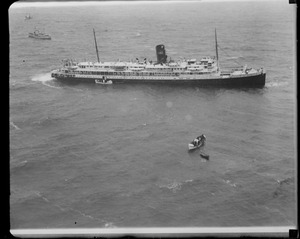 Aerial view of the SS Robert E. Lee stuck on Mary Ann Ledge off Manomet. She hit at about 7:15 on March 9th.