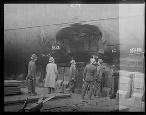 Damage to hull of the SS Robert E. Lee