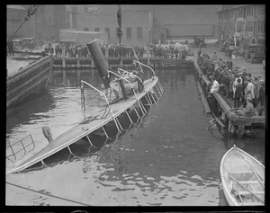 Crowd eyeing the steamer Catherine which sank at T-wharf