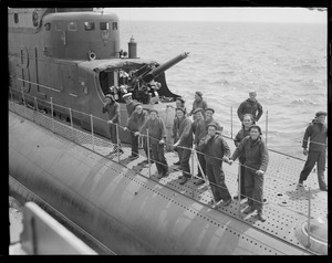 Crew on deck of the Italian submarine Balilla eager to visit Boston