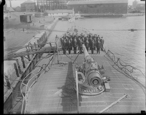 Uncle Sam's largest sub commissioned in Portsmouth, N.H. Navy Yard. V-4 is mine laying sub.