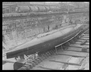 Sub S-4 repaired and ready to be floated