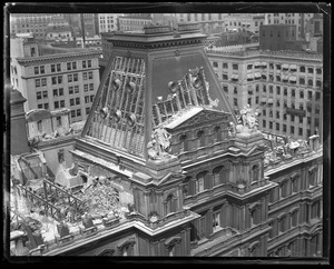 Tearing down the Boston post office building