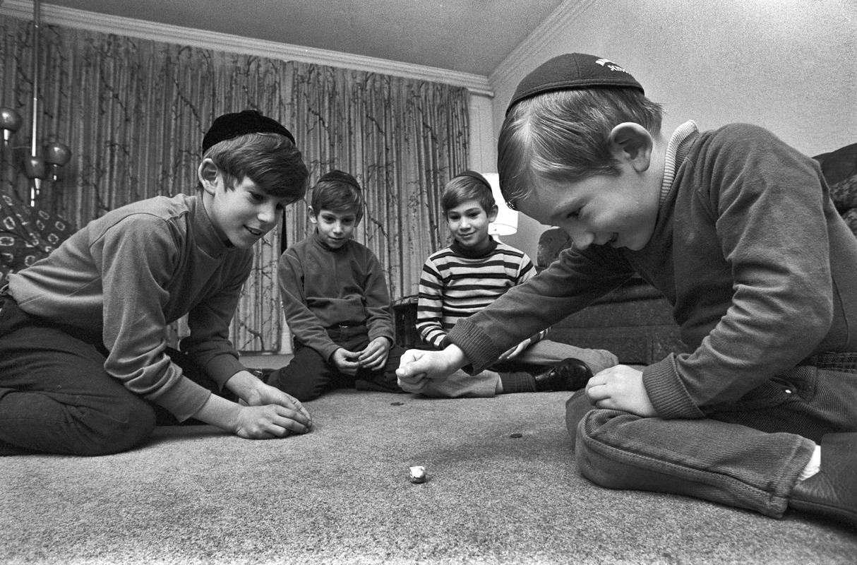 Jewish boys play with dradle, Brookline