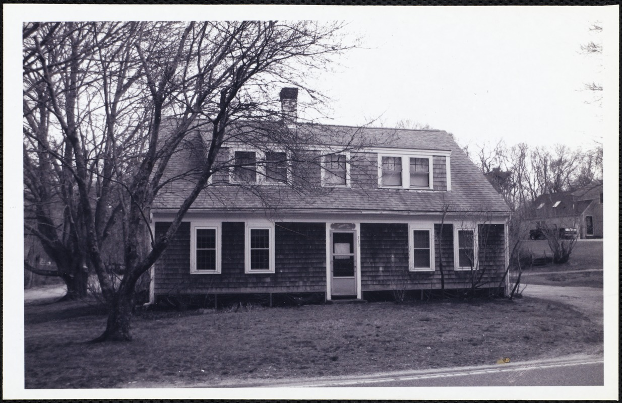 Full Cape Cod house built about 1830 on Old Falmouth Road by Capt. George Allyn