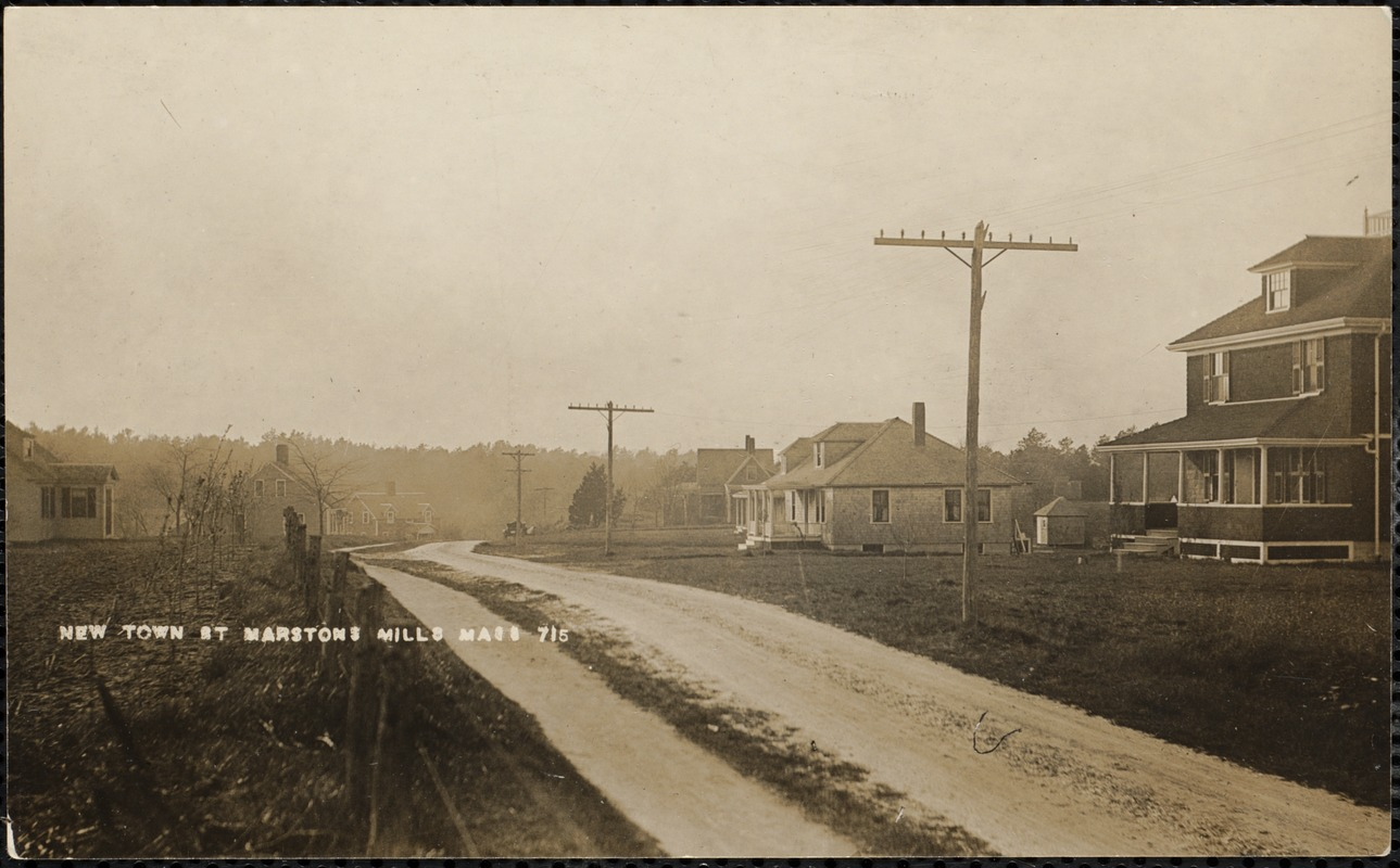 Unpaved road to Newtown, now called River Road