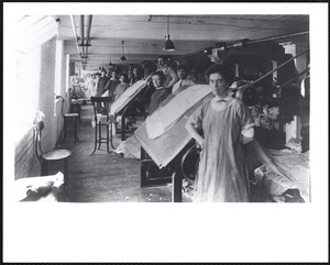 Pacific Mills - print works gray inspecting in gray storehouse