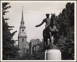 Old North Church & Paul Revere statue