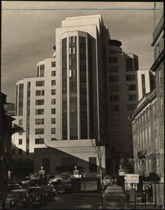 Main entrance, Mass. General Hospital