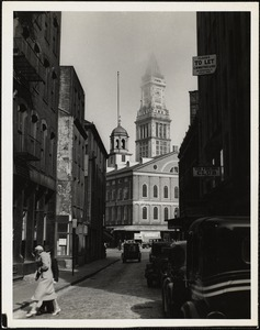 Boston, Faneuil Hall + Custom House, Elm St.