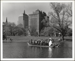 Swan boat - Boston Public Garden