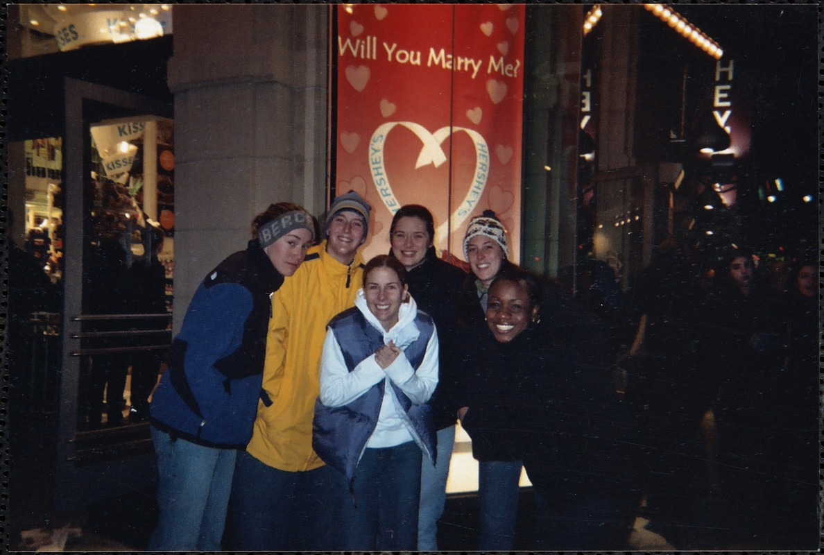 02-'03 B-ball team in Times Square