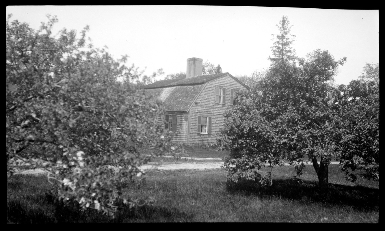 Cobb-Bartlettt-Hathaway House House, 240 Main Street, from the southeast