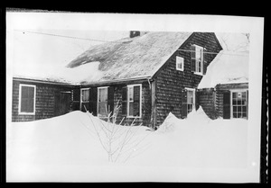 Unidentified house in the snow, detail