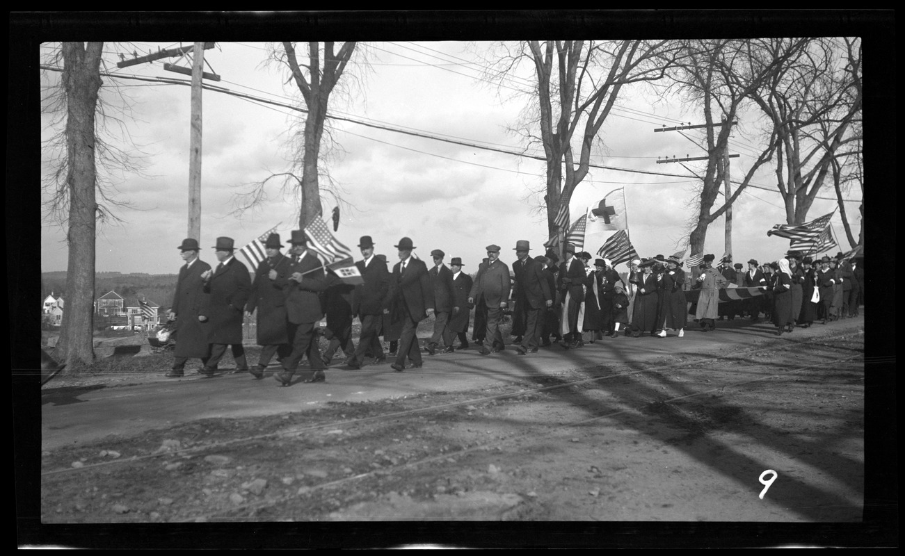 Marchers in the Welcome Home parade
