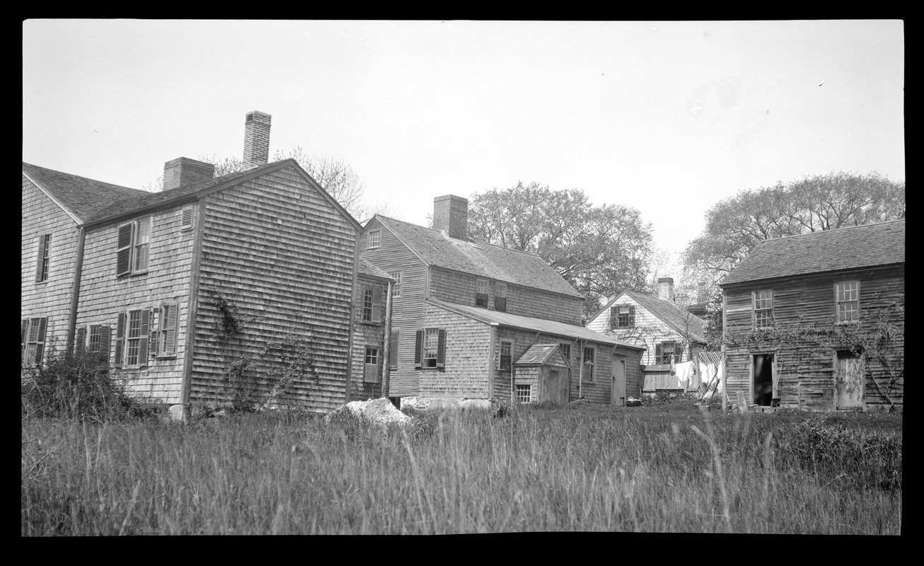 Wrestling Brewster Jr. House and Store, 3 Summer Street and Foster-Drew-Glover House, 5 Summer Street, rear view