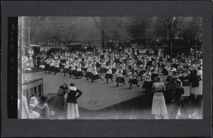 Field Day 1918, Class Drill with Dumbbells